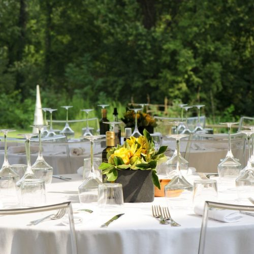 breakfast_party_banquet_facilities_table_outdoors_serving-1028976
