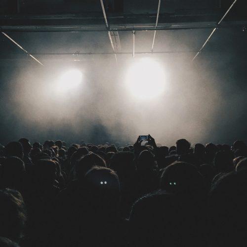 crowd_audience_people_event_concert_music_fans_entertainment-722207