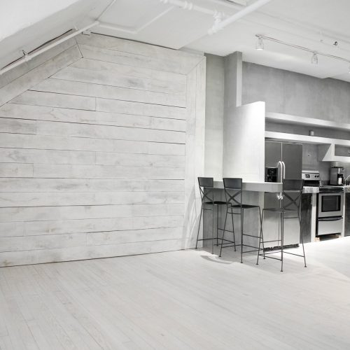 loft_29_nyc_event_venue_kitchen_wood_paneled_wall